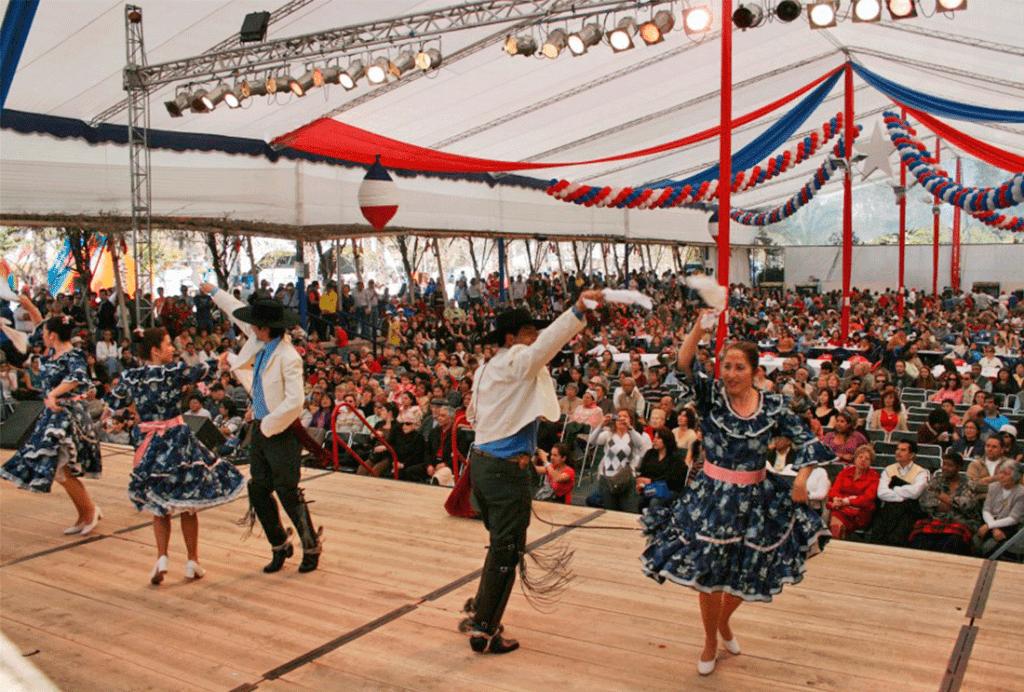 Fiestas-Patrias-1024x692
